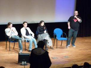4 acteurs de la série étaient présents.
