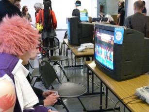 Le stand Warp Zone et ses jeux rétros.