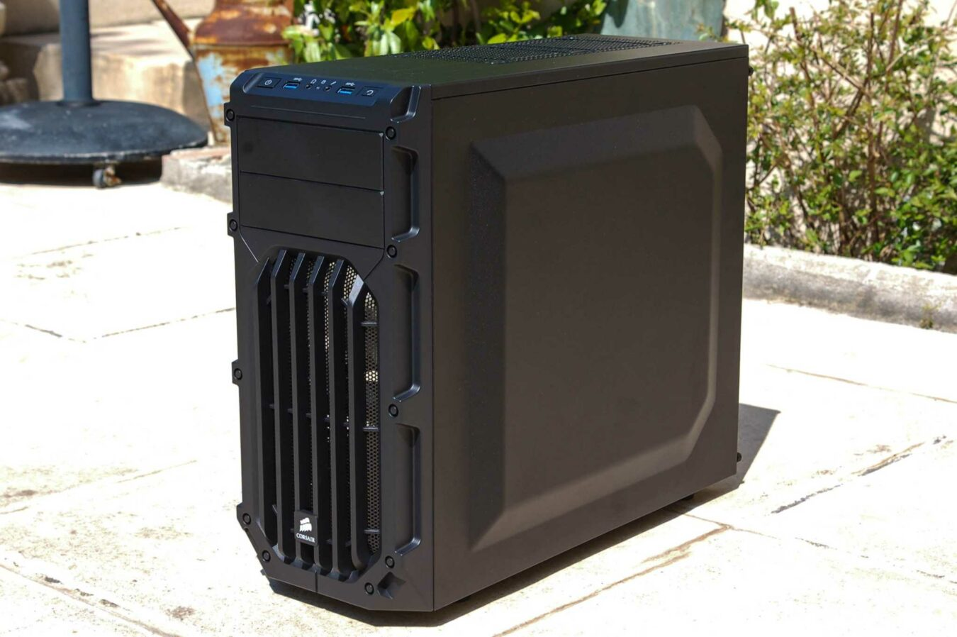 Photo de [TEST] Corsair Carbide SPEC-03, le boitier gamer à bas prix