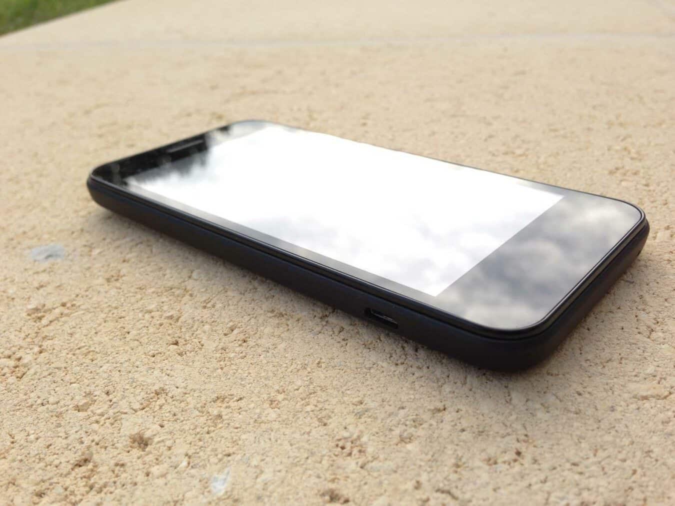 Photo of [TEST] Hi 4G : Le nouveau mobile d'Orange pour 129,90€ !