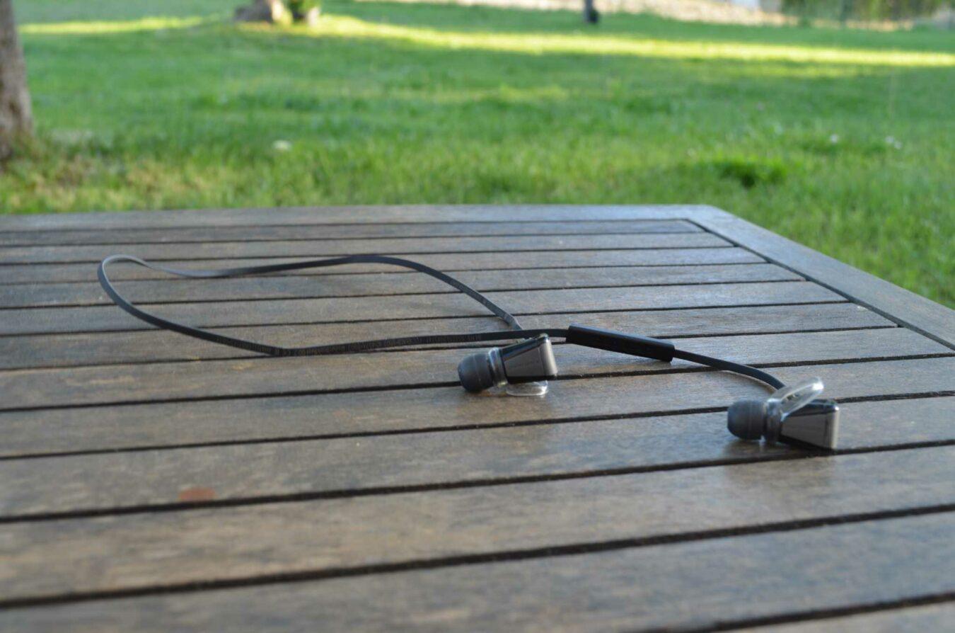 Photo de [TEST] BackBeat Go 2, des écouteurs sans fil (ou presque) !