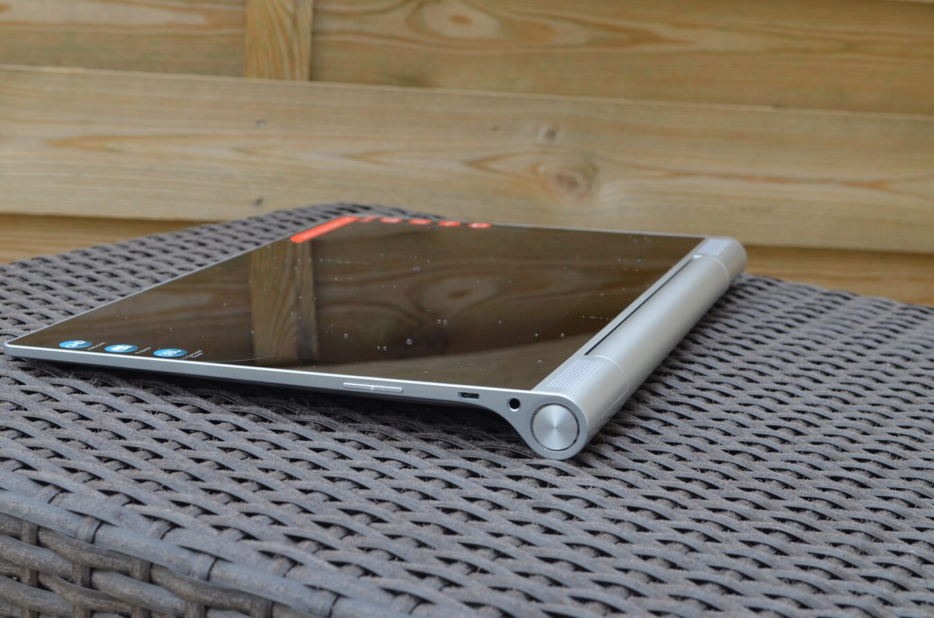 Photo of [TEST] Lenovo Yoga Tablet 2 Pro – Une tablette qui n'est pas pour n'importe qui