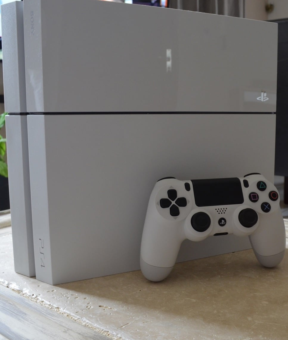 Photo of [TEST] PlayStation 4 Blanche – Le meilleur de Sony