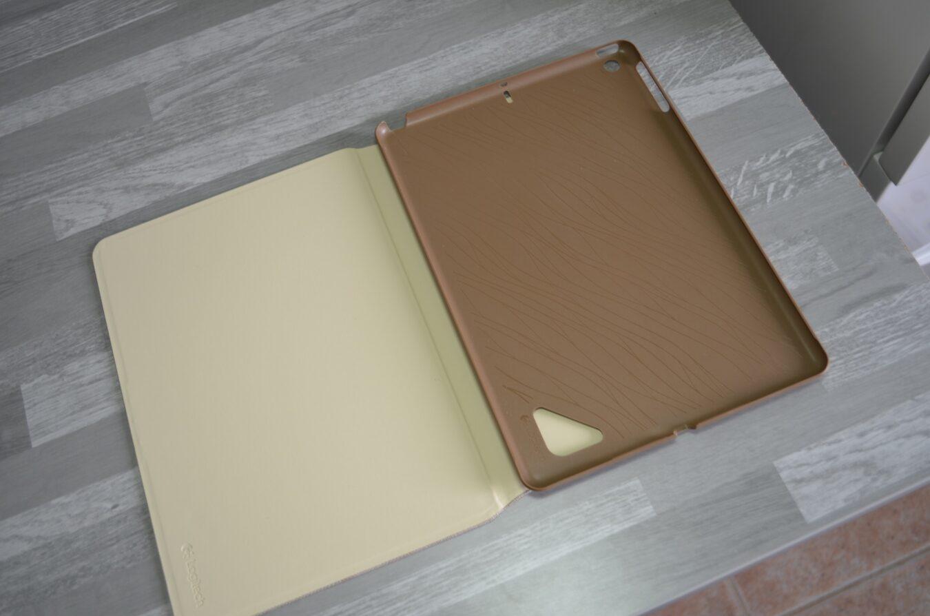 Photo de [Concours] Étui Logitech Hinge pour iPad Air (30€)