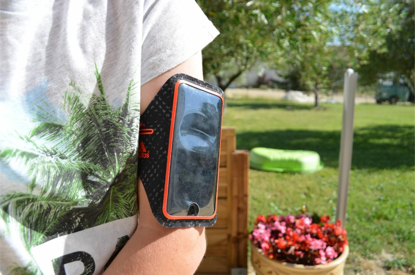 Photo of [TEST] Adidas Sport Armband – Le brassard optimal pour iPhone 6 !