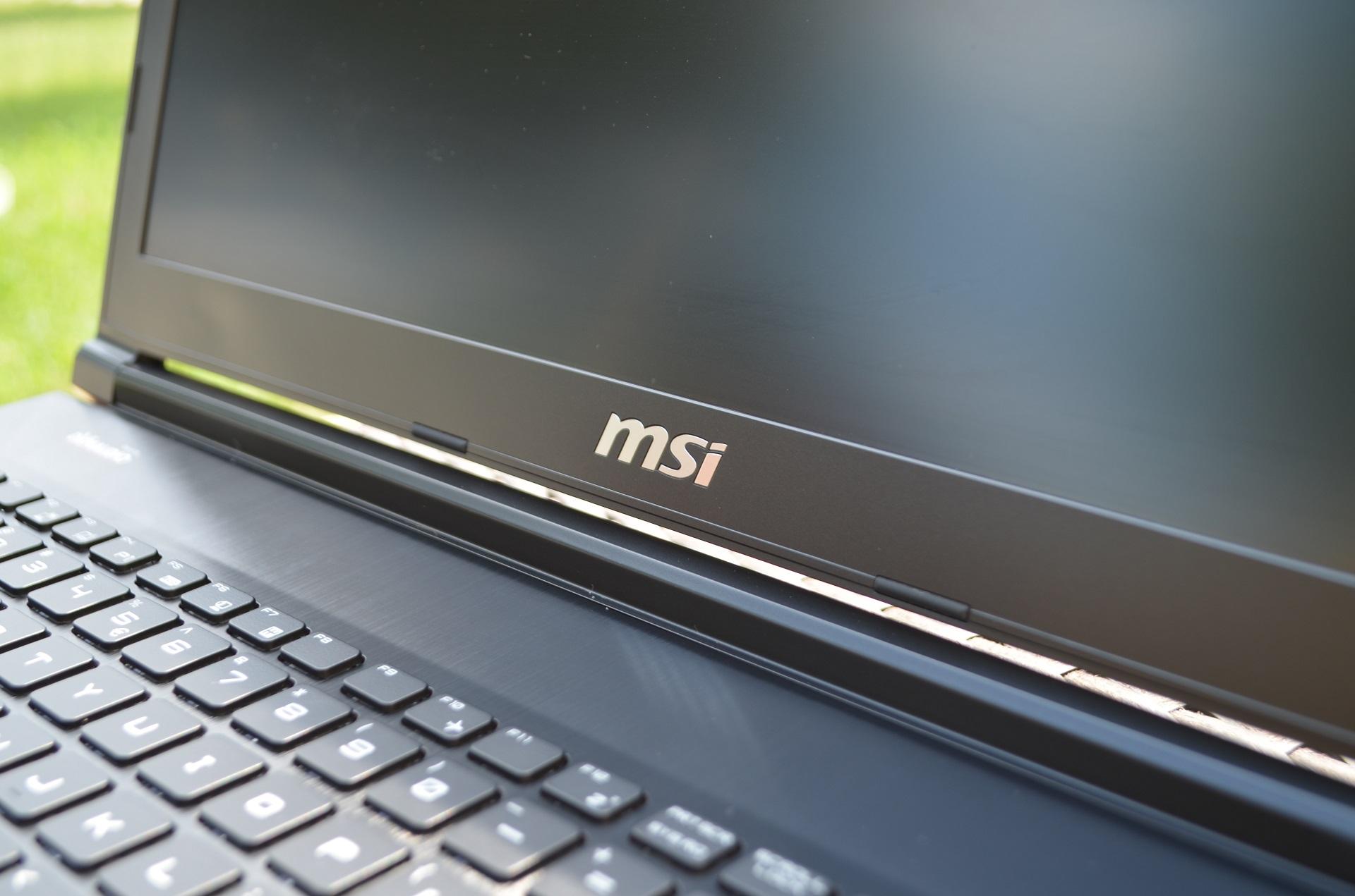 MSI-GE72 (2)
