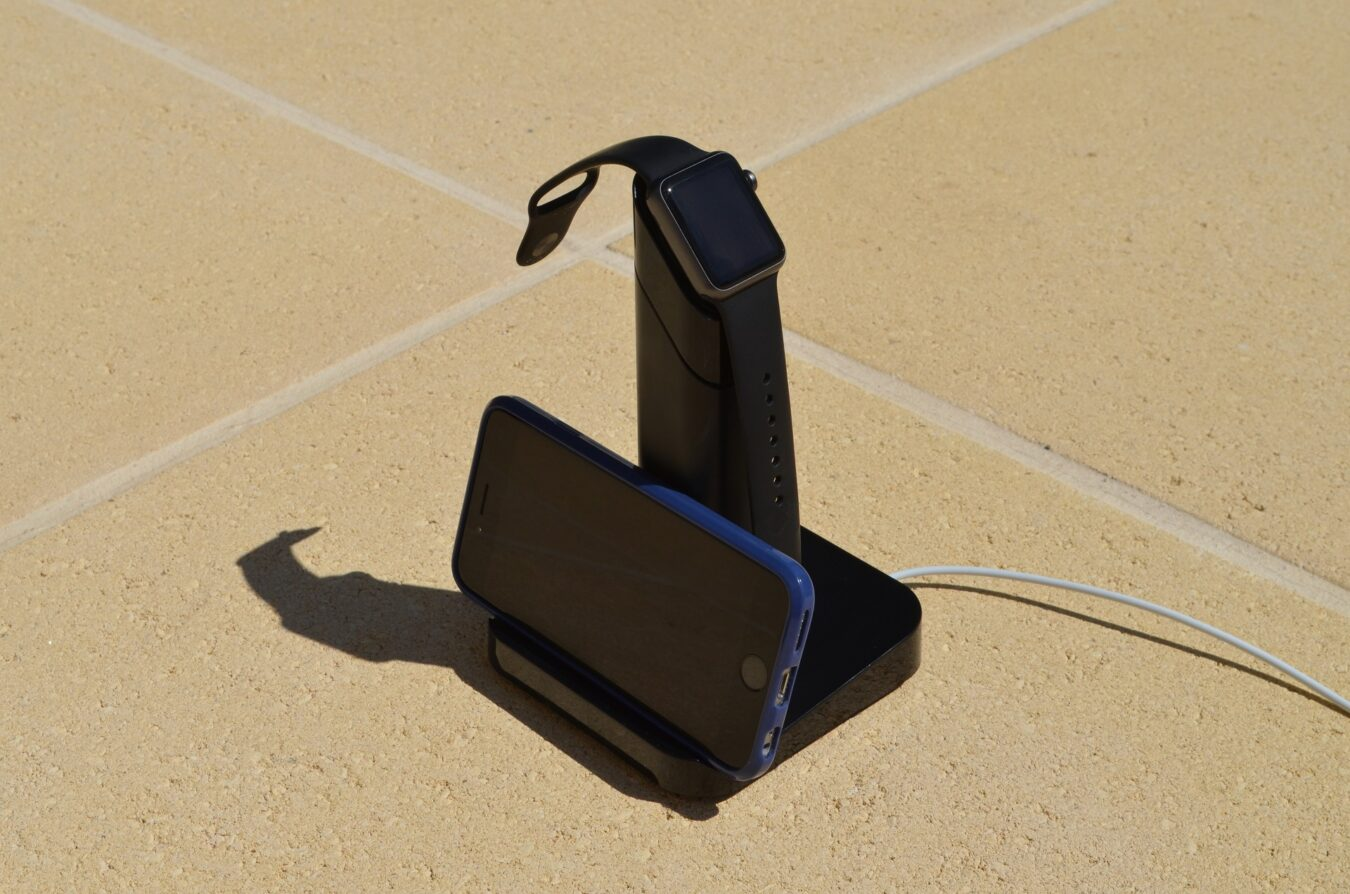 Photo of [TEST] Griffin WatchStand – Le dock spécialement conçu pour Apple Watch