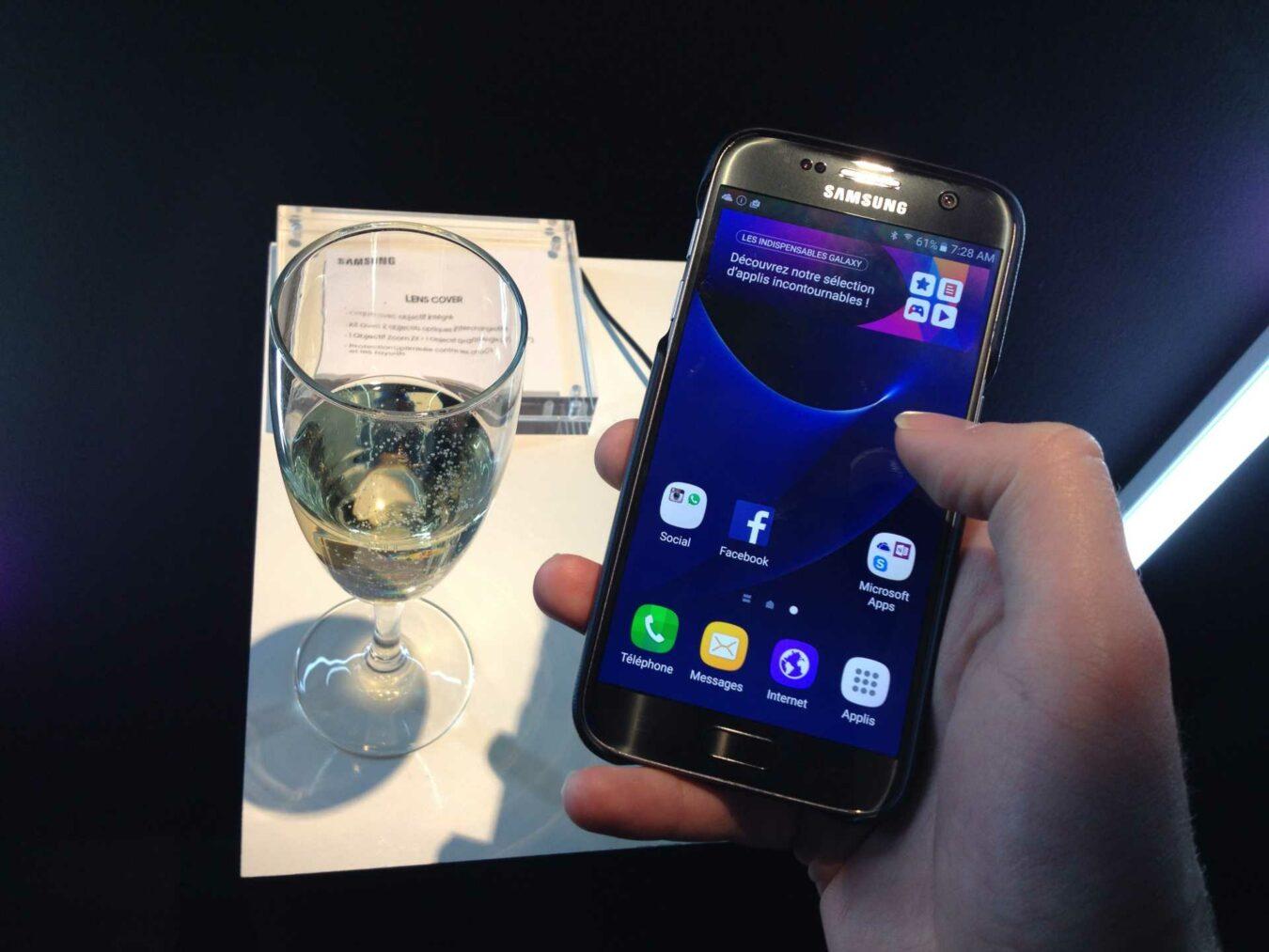 Photo de Soirée Samsung de la gamme Galaxy S7 et accessoires