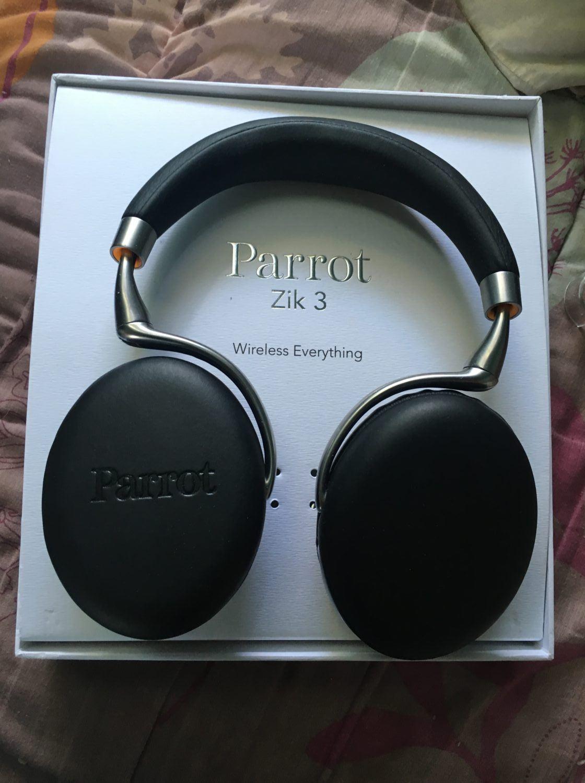 Un Casque Audio Séduisant Le Zik 3 De Parrot Lcdg