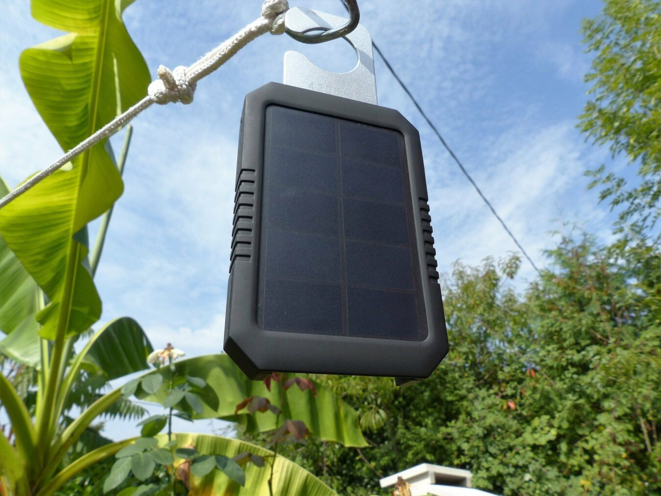 eclate chargeur solaire lumineux