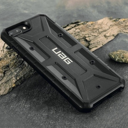 Photo de Test coque Pathfinder de UAG pour iPhone 7 Plus