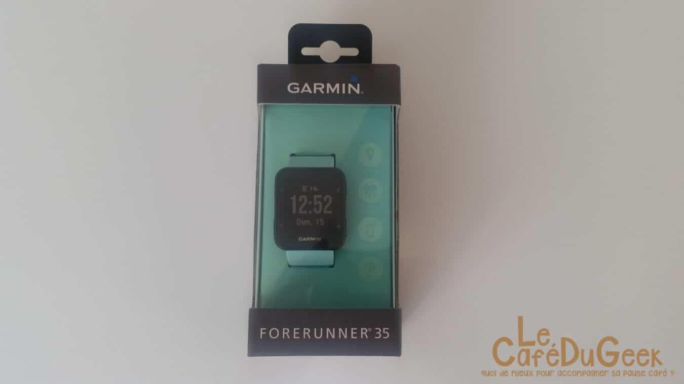Montre connectée Garmin ForeRunner 35 dans sa boite