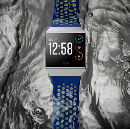 Photo de NEWS – Fitbit lance la Ionic, concurrence à Apple Watch