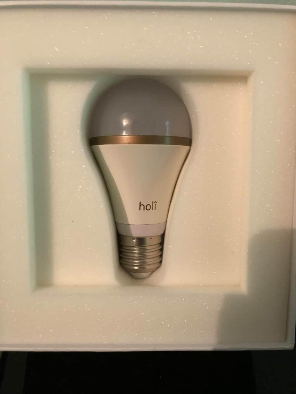 Photo de Test – Holi SleepCompanion : Un meilleur réveil avec une ampoule connectée