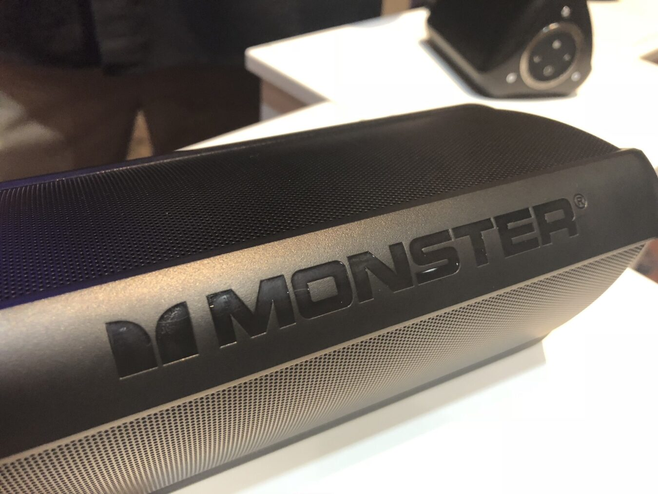 Photo of #CES2018 – Monster confirme son innovation avec les AirLinks et nouvelles enceintes SuperStar