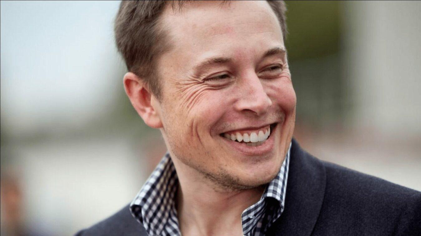 Photo of SpaceX – Elon Musk fait convoler une Tesla avec un Faucon Lourd