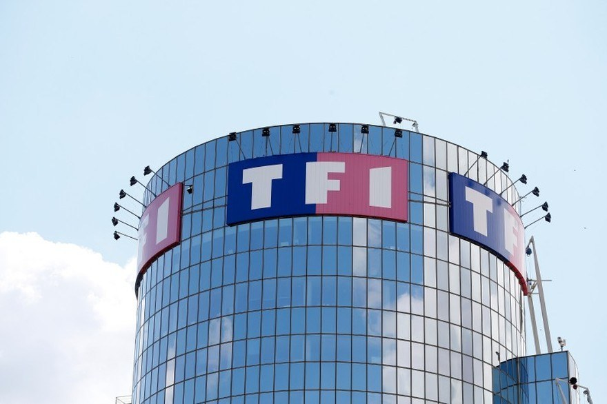 Photo of Orange vs TF1 : La guerre nationale de la télévision