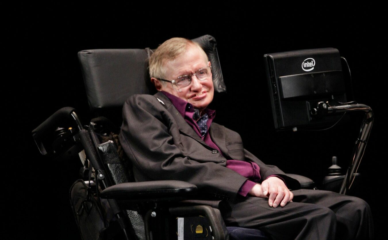 Photo of Stephen Hawking : La mort du plus célèbre astrophysicien