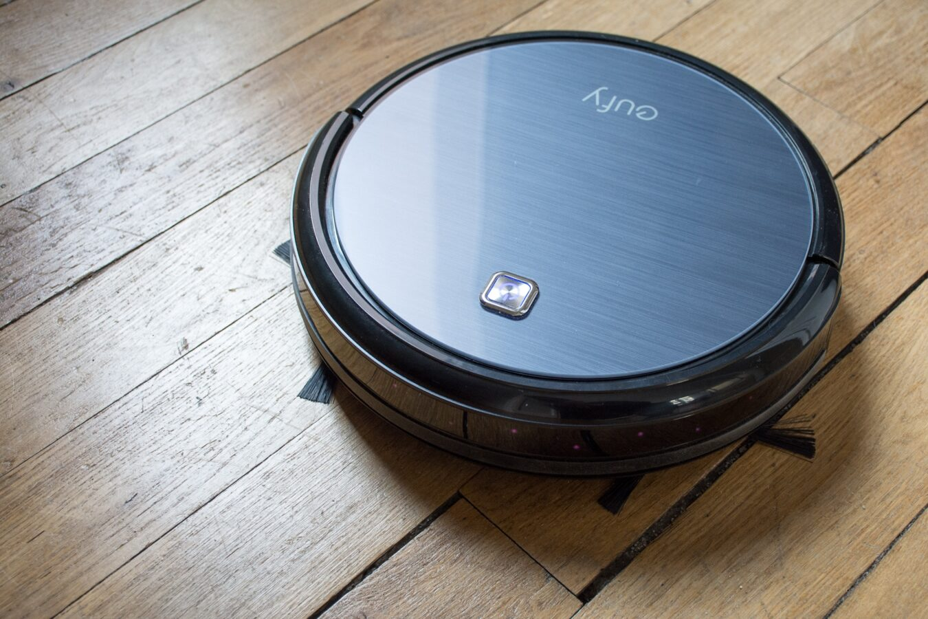 Photo de Test – Eufy RoboVac 11 : Un aspirateur robot performant et abordable !
