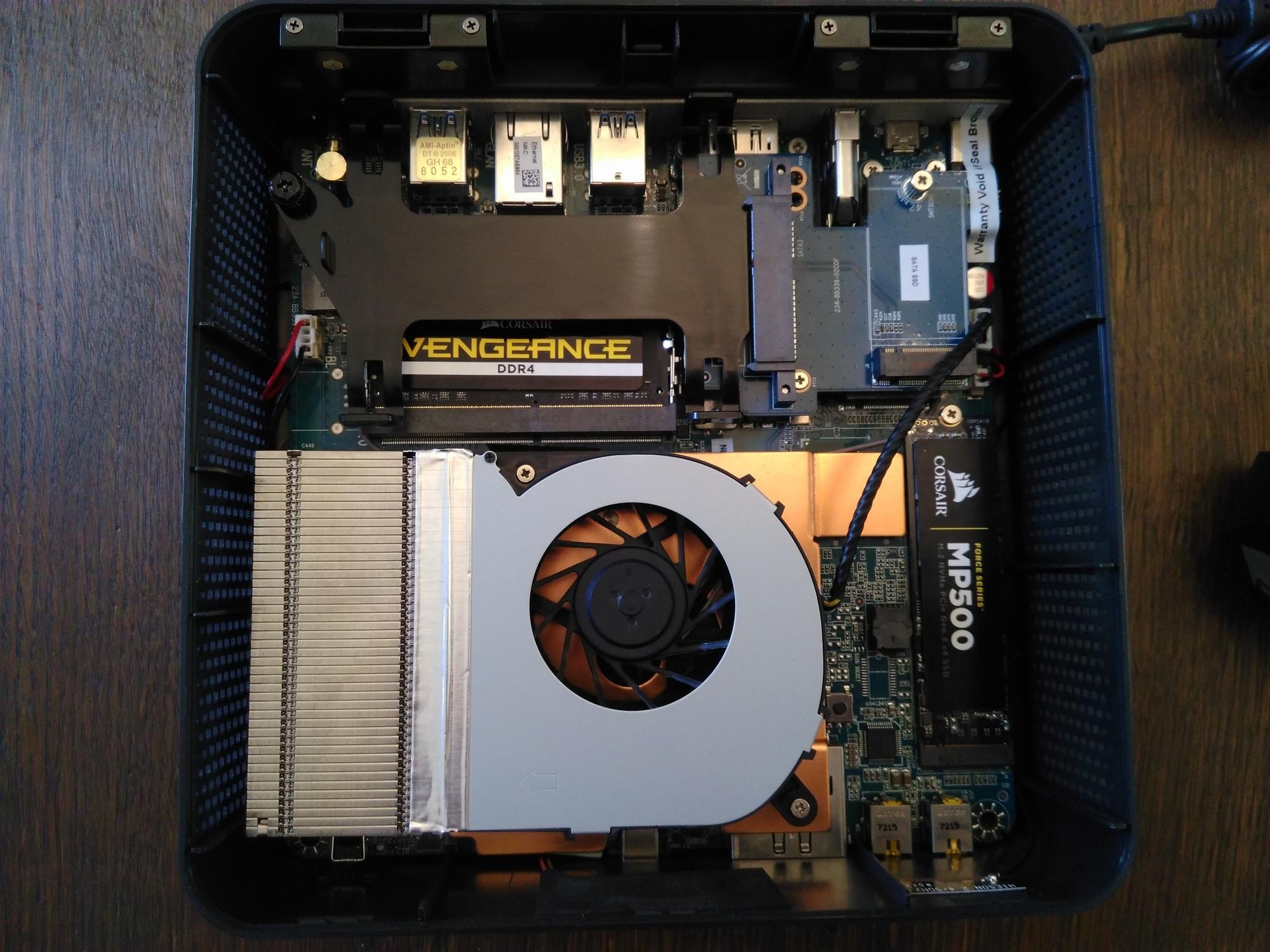 Zbox MI533-Inside Zbox