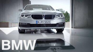 Photo de BMW lance son option de chargement sans fil pour ses voitures électriques