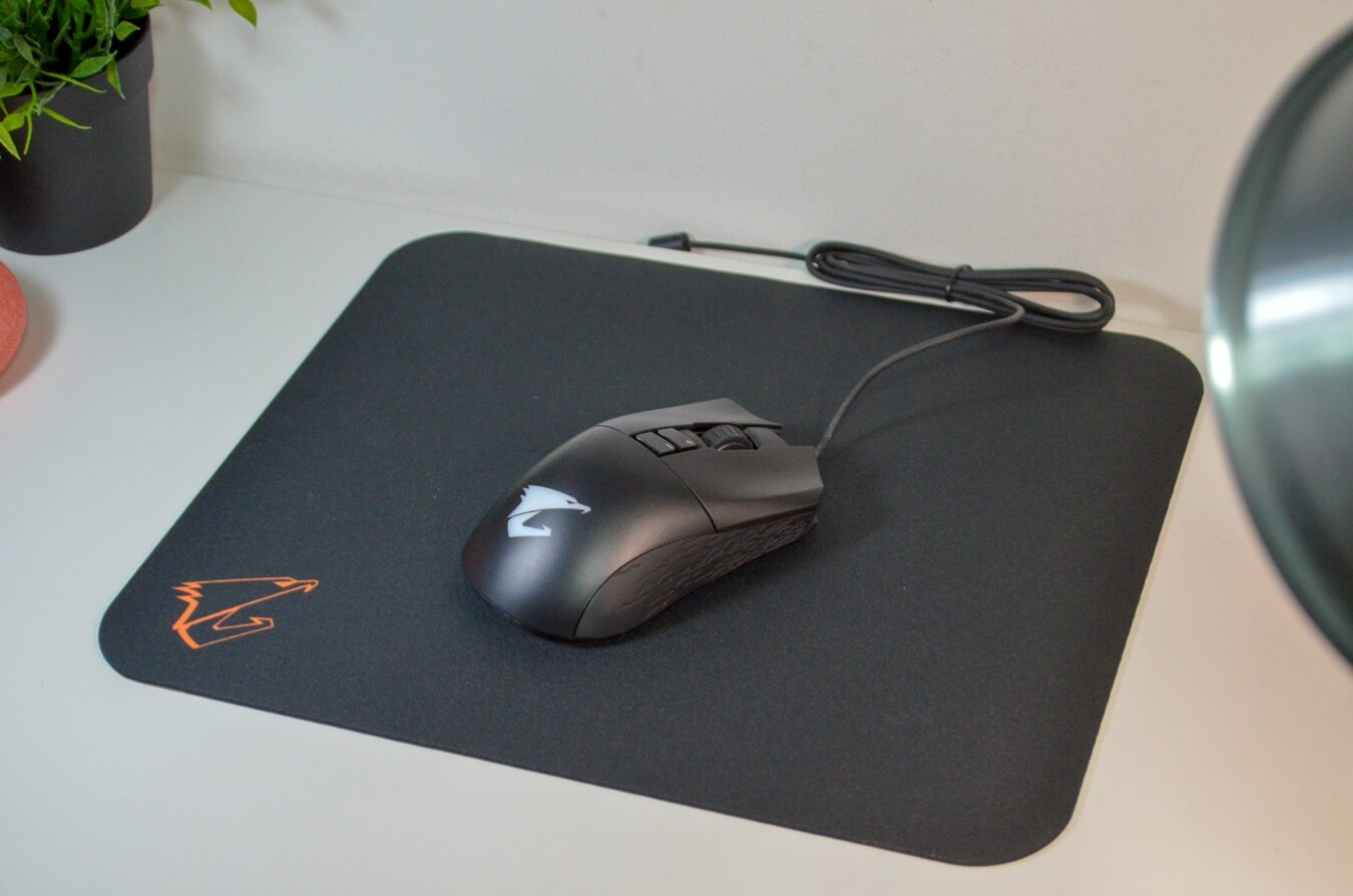 Photo de Test – AORUS M3 : De la carte mère à la souris Gaming
