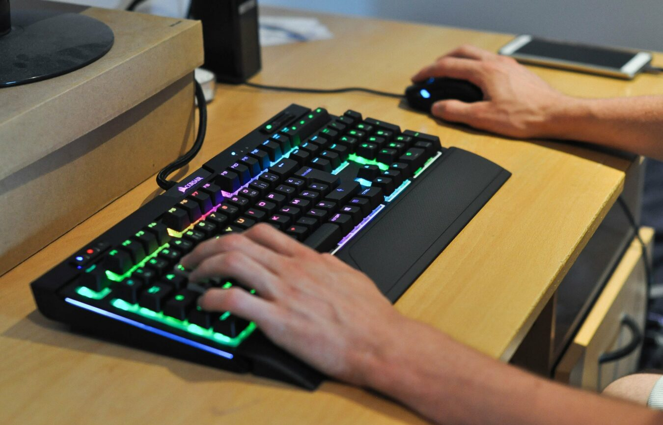 Photo of Test – CORSAIR Strafe RGB MK.2 – Le clavier ultime ?