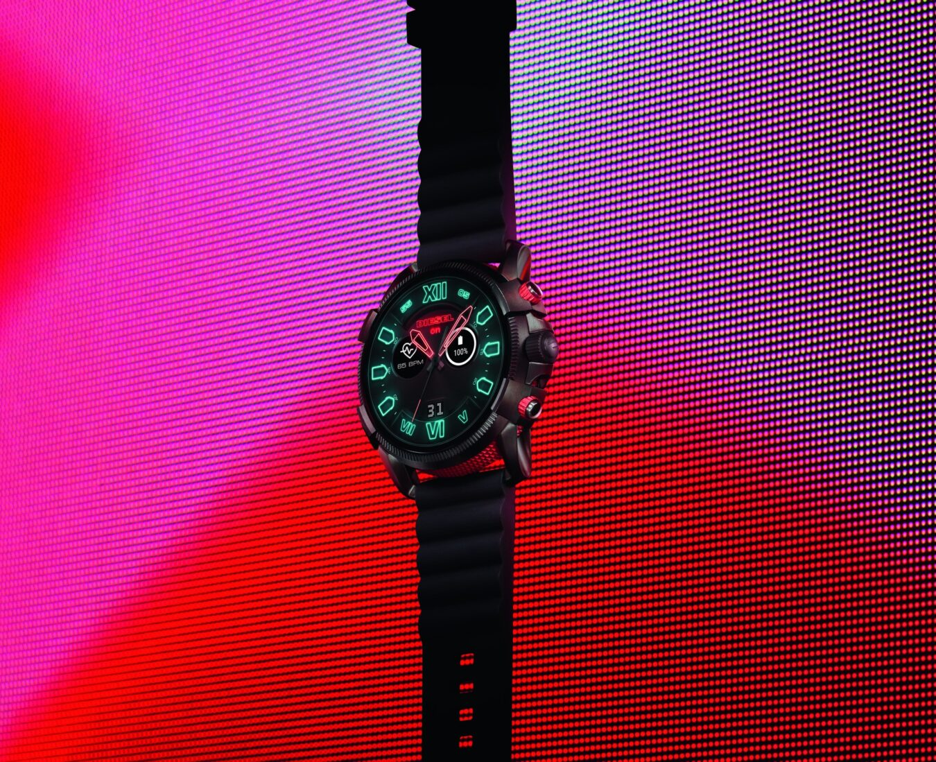 Photo de DIESEL lance sa nouvelle montre connectée, la Full Guard 2.5 !