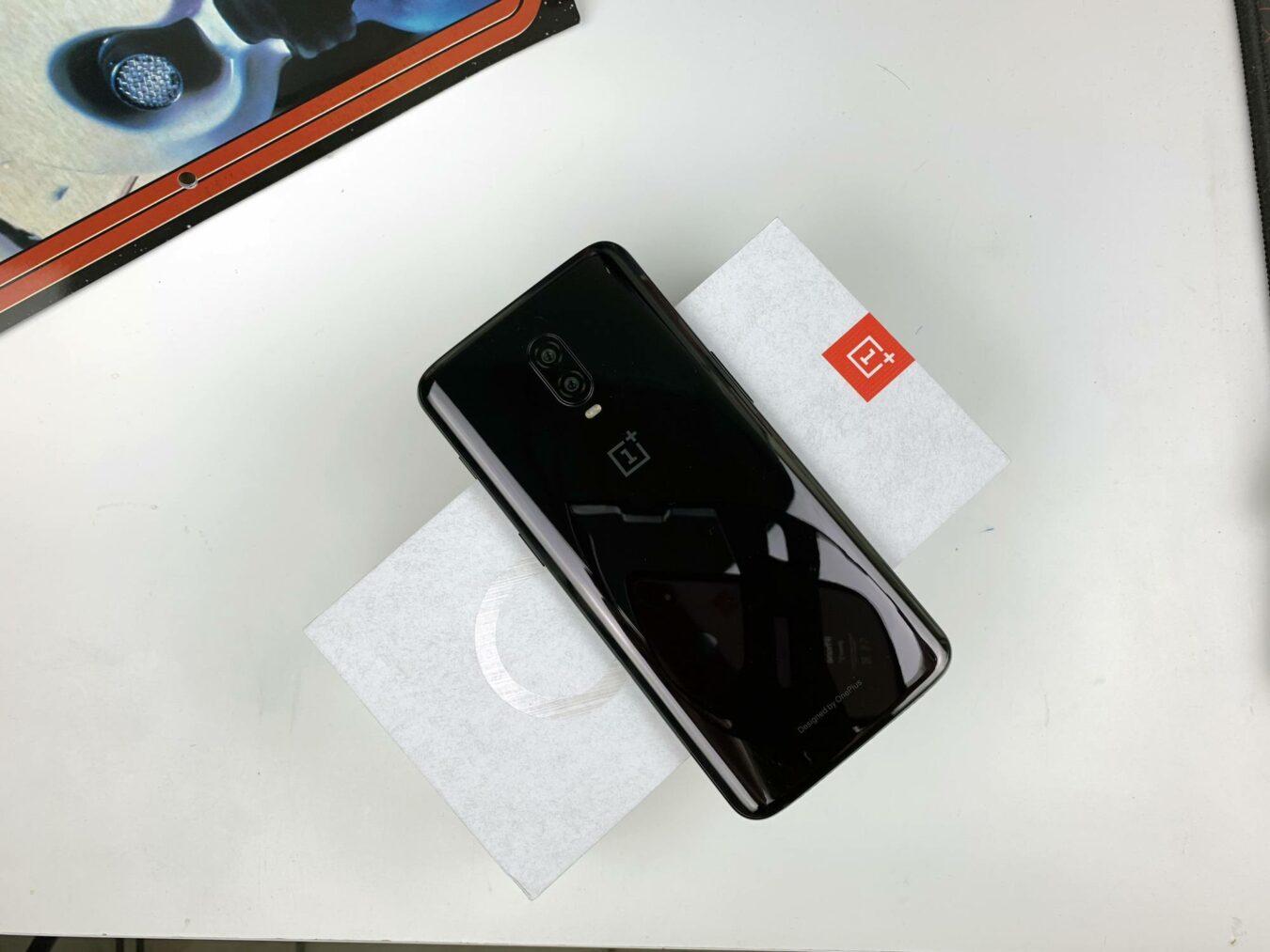 Photo de Prise en main – OnePlus 6T : la marque raffine son flagship !