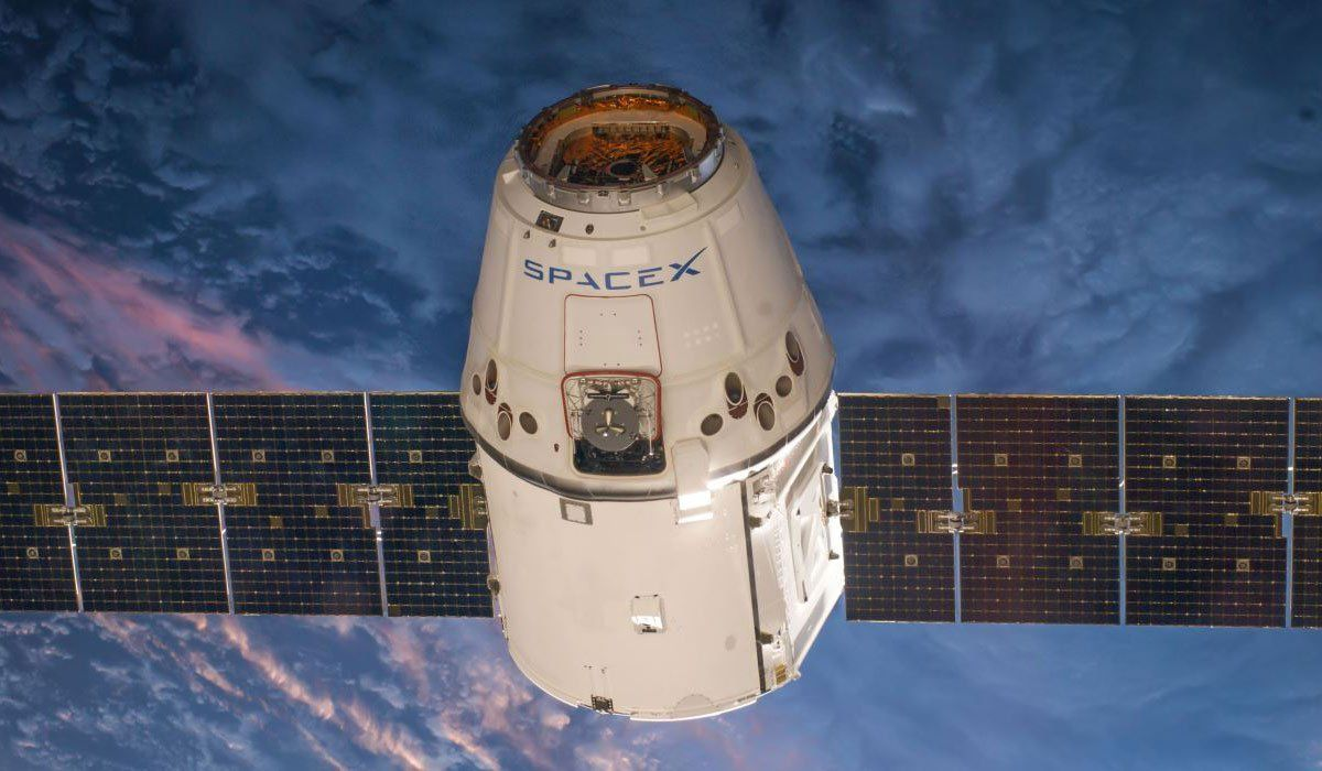 Satellite SpaceX