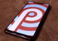 Xiaomi Mi 8 SE avec comme fond Android Pie