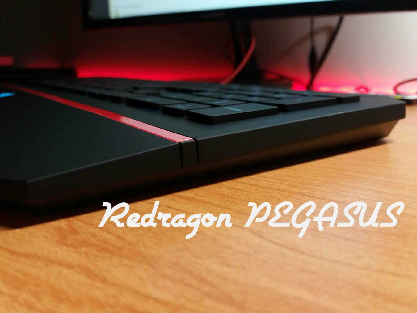 Photo de Test – Redragon Pegasus : un clavier simple et confortable