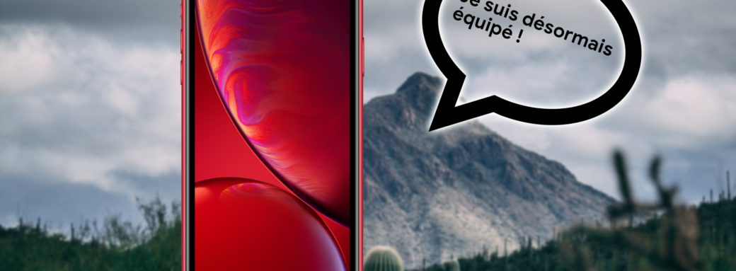 iPhone XR avec bulle de message sur fond flouté