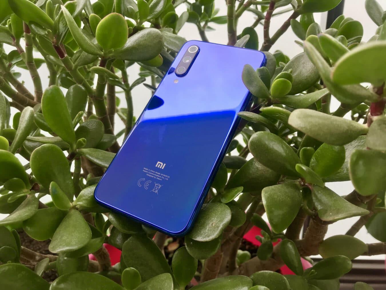 Photo of Test du Xiaomi Mi 9 SE : un lecteur d'empreintes sous l'écran pour 370€ !