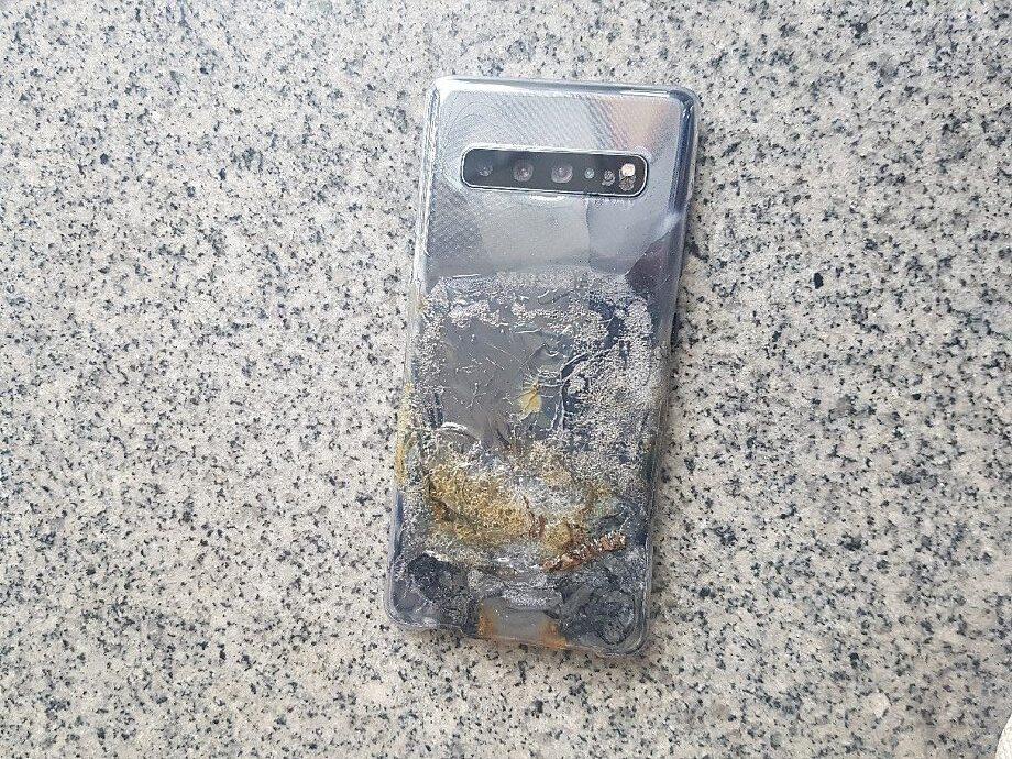 Samsung Galaxy S10 5G Explosion