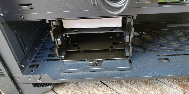 SSD et disques durs - test du boitier Sharkoon Elite Shark -