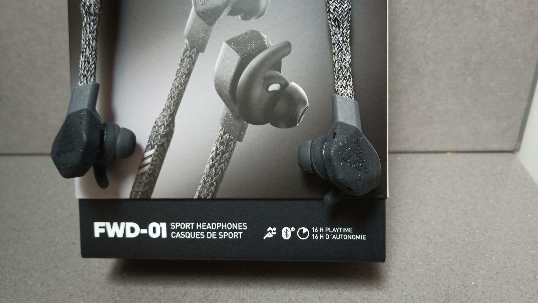 Adidas FWD-01 boite packaging noir écouteurs