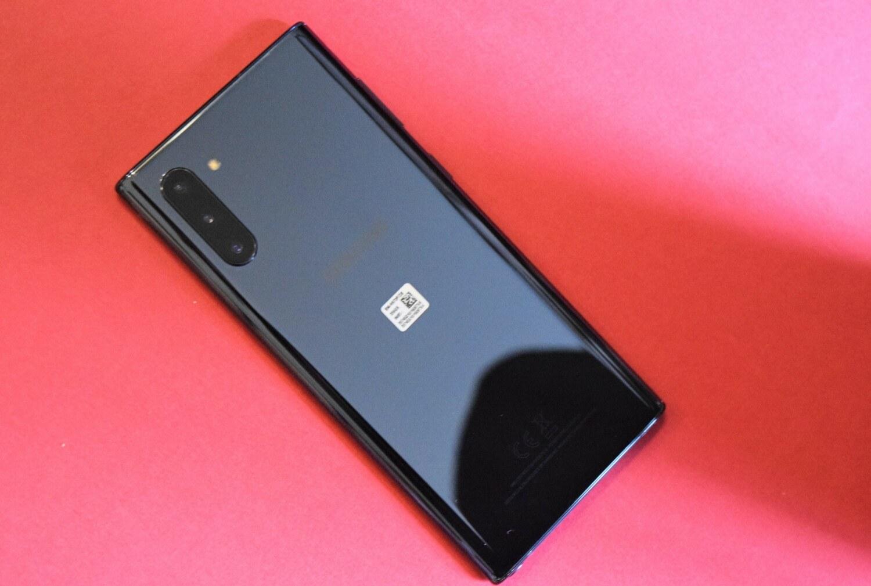 Le dos du Samsung Galaxy Note 10 dans sa version noire