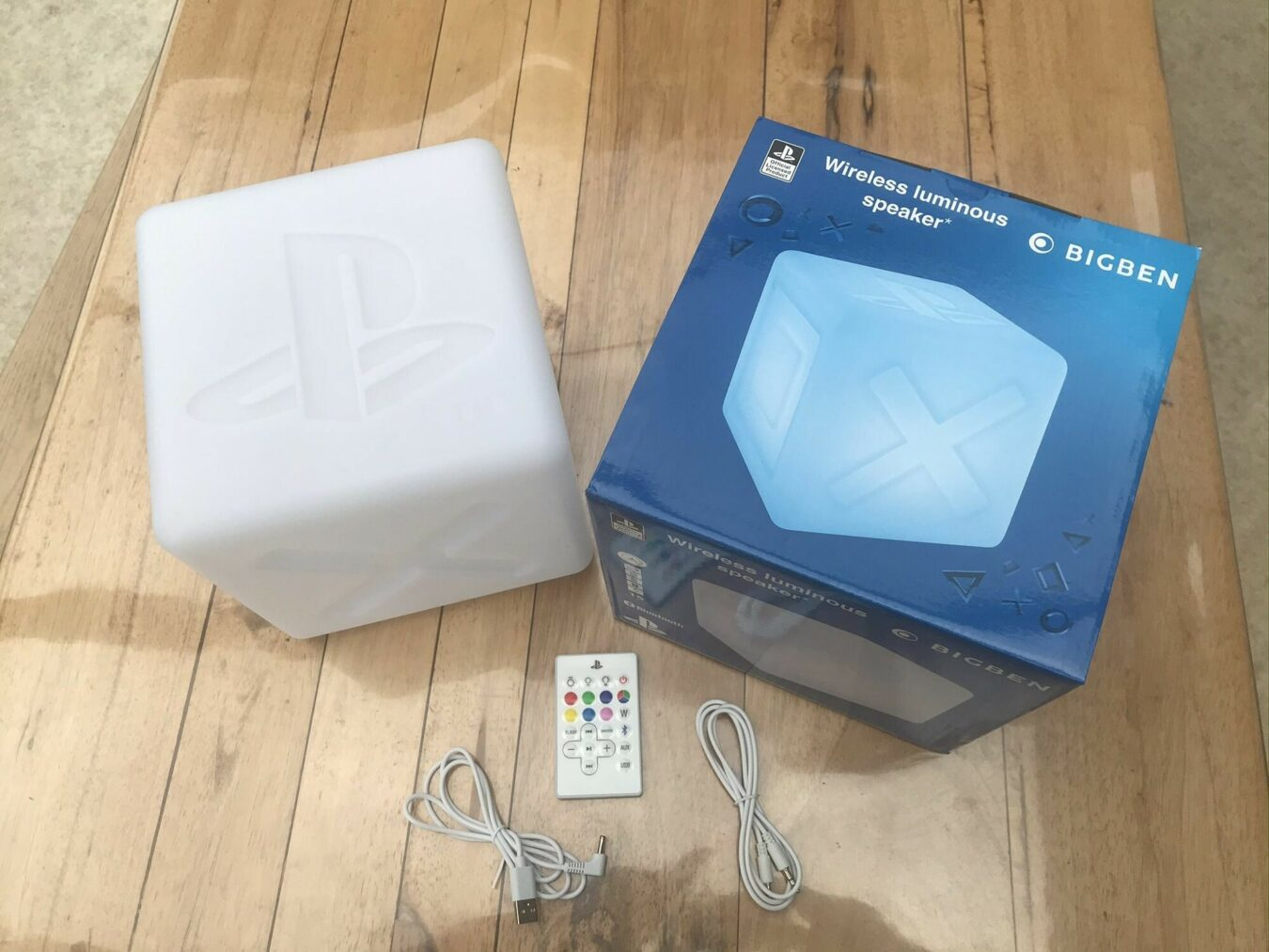 Photo de Test – Cube lumineux enceinte Playstation par BigBen