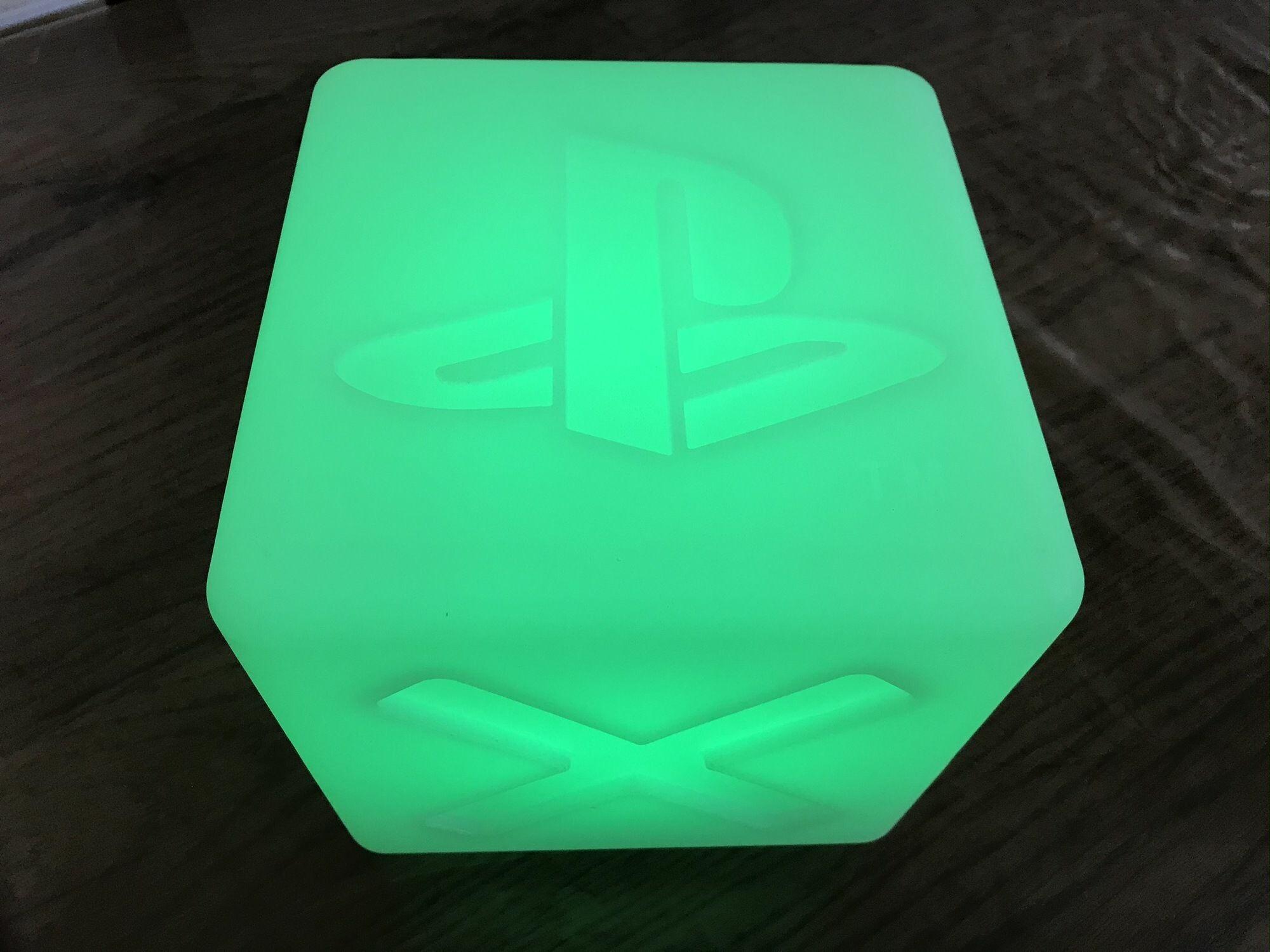 Cube Playstation