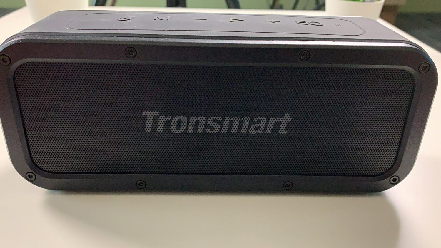 Design Tronsmart Element Force
