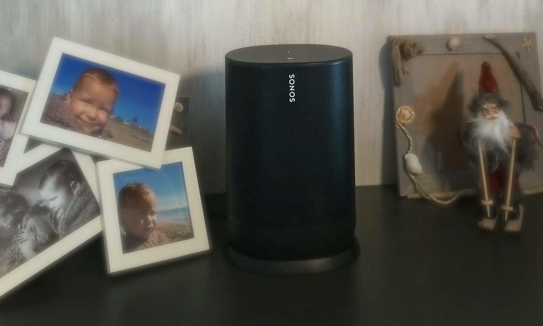la Sonos Move s'intègre aisément dans le mobilier et offre un signal sonore adapté à son environnement.