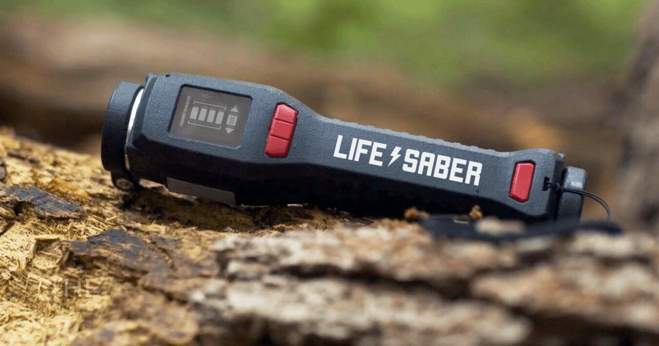 Photo de LIFESABER : L'accessoire de camping qui pourrait vous sauver la vie