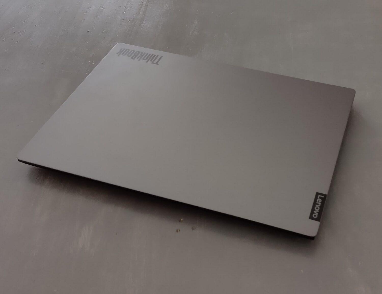 Lenovo Thinkbook13S_vue fermé