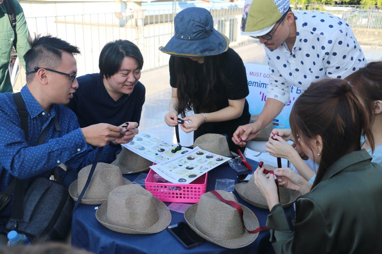 fabrication de chapeau en Corée du sud avec Luielle et Aving News