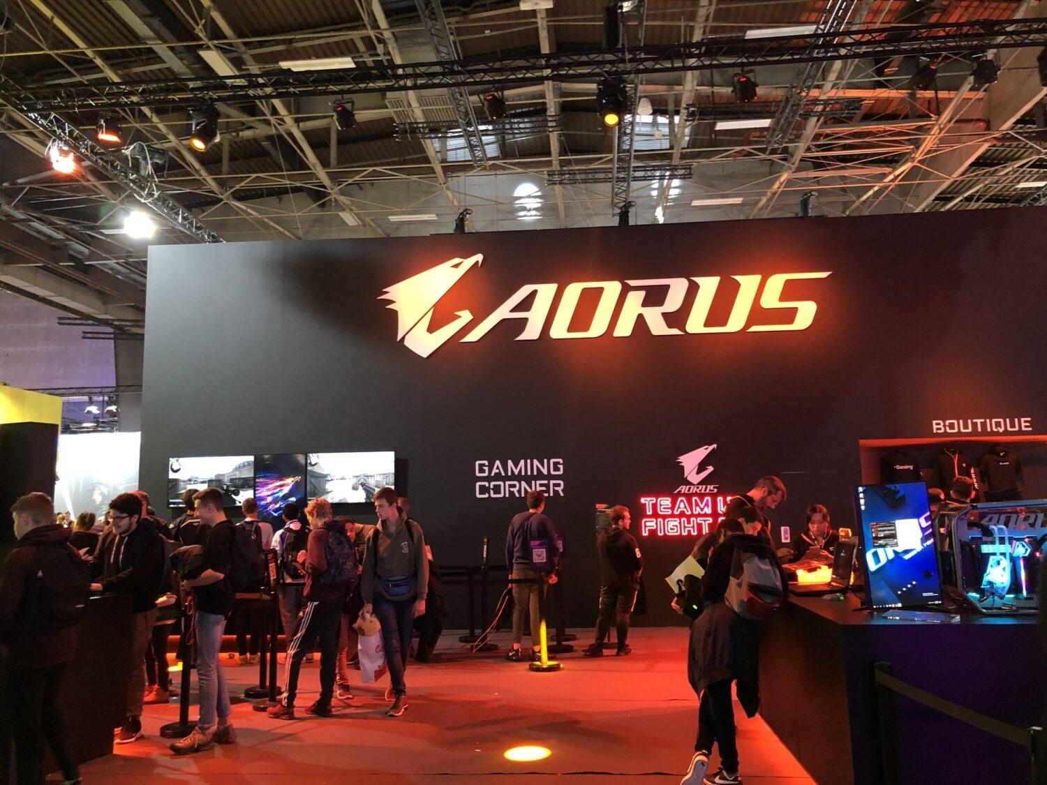 Stand Aorus PGW