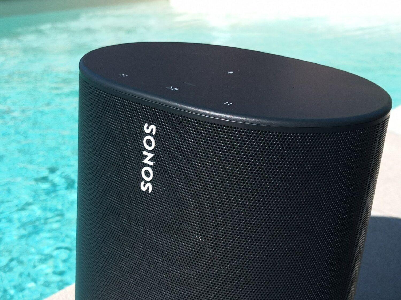 La dernière de Sonos l'enceinte Move. puissante et équipée d'une batterie.
