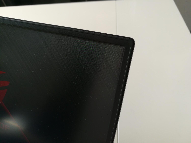ASUS ROG Zephyrus S GX502GW - Bord fin d'écran