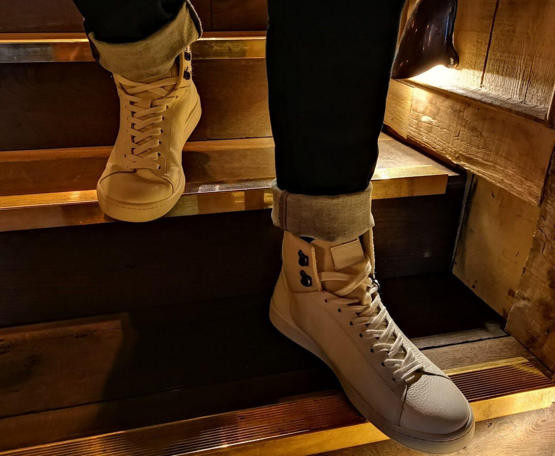 Look Pas trop Geek Pub anglais Saint Germain Fashion Le Coq Sportif chaussure
