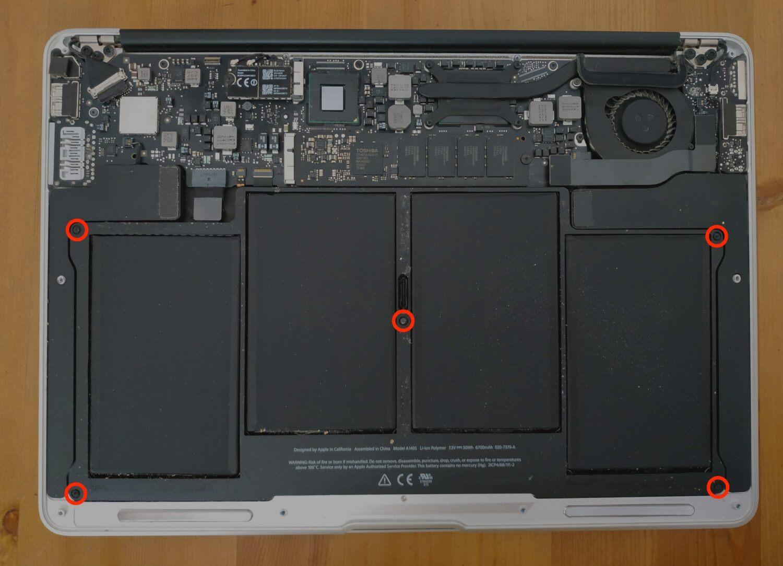 enlever vis batterie macbook air remplacement
